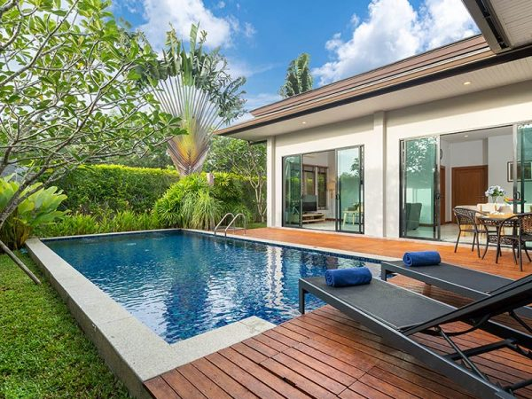 exterior-design-and-landscape-of-pool-villa-feature-decking-and-garden_t20_lRpxzw-2